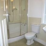 bathroom pic 1