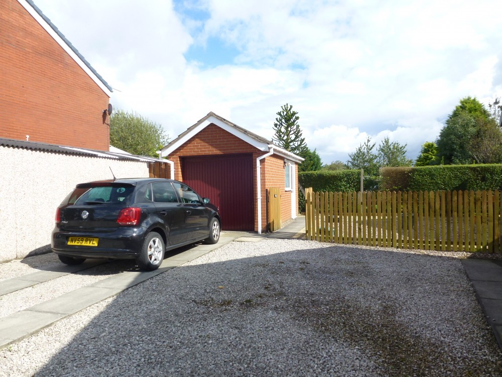 driveway parking and garage