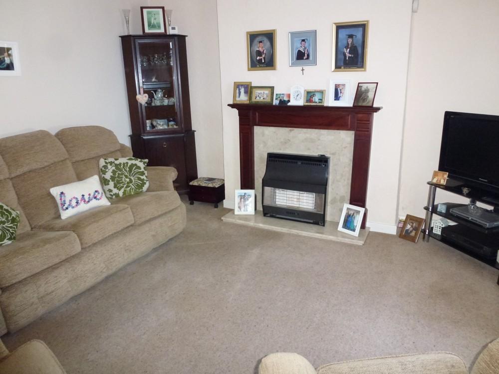 lounge pic 3